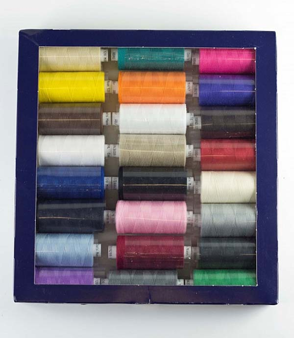 Coats Moon Thread Set Of 24